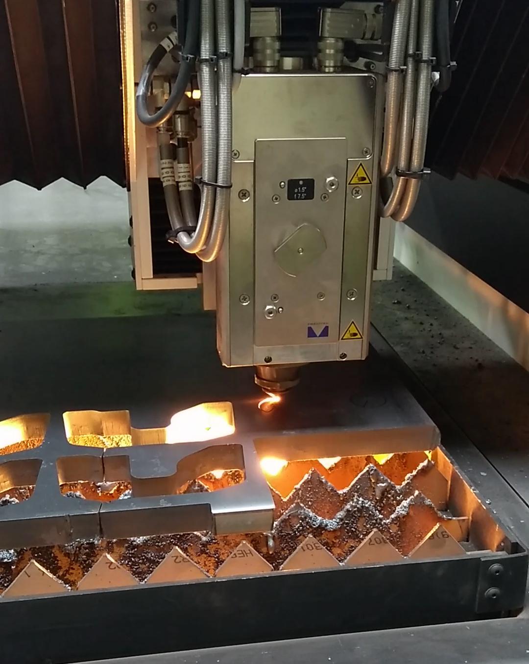 machine-découpe-laser